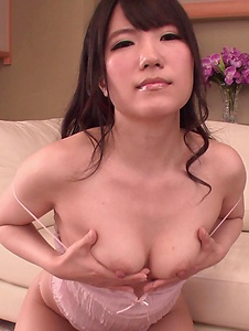 Tomoka Nanase - Tomoka Nanase shows off cracking her pussy with toys - Screenshot 5