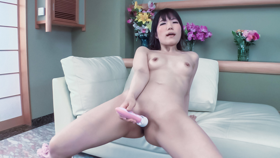 Tomoka Nanase shows off cracking her pussy with toys