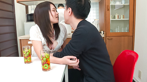 Sanae Akino - 亚洲业余开始吸吮公鸡真的热方式 - 图片 7