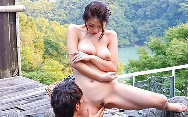 Ayumi Shinoda in gorgeous outdoor sex scenes