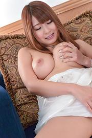 Hitomi Kitagawa - เรื่อง Busty Hitomi คิตากาว่า ชอบอร่อยควยในแคม -  2 รูปภาพ