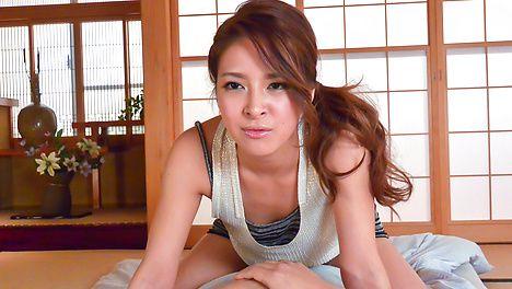AmateurNana Ninomiya enjoys Japan blow job