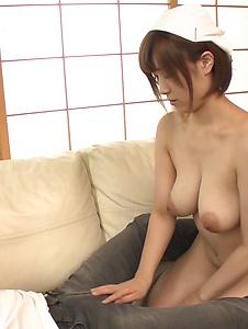 Honoka Orihara - Busty Honoka Orihara hot Japanese blow job  - Screenshot 6