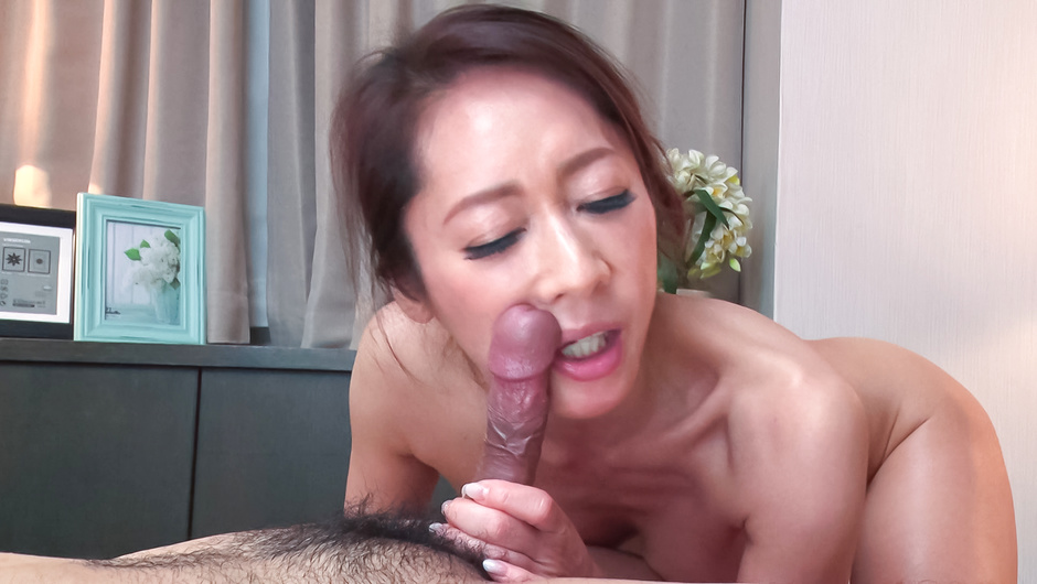 Stunning Japan blowjob scenes by  Reina Nanjo