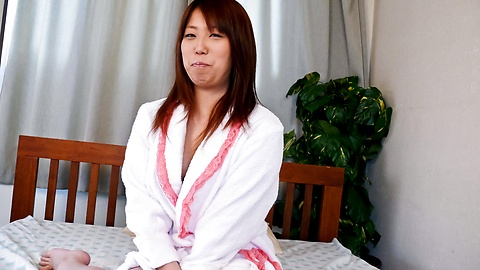 Ai Ootomo - Ai Ootomo with brown nipples rides dong - Picture 2