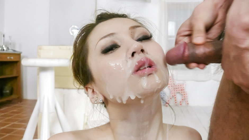 Oiled up Ameri Ichinose gives japanese blowjobs for facials