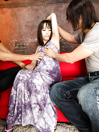 Kyouko Maki - Kyouko Maki with an asian blow job and a pussy for guys to fuck - Picture 2