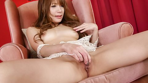 Japanese ilf shows off finger fucking on cam