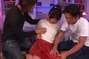 Nasty squirting foramazingMiyuki Nonomura in group sex Photo 1