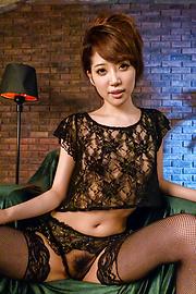 優希まこと - 生ハメ美女優希まこと~誘惑オナニー - Picture 2