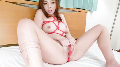 Maki Mizusawa - Maki 水泽给温暖日本口交 - 图片 12