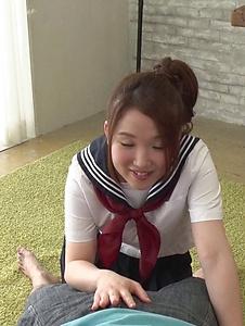 Kanna Nozomi - Schoolgirl gives Japanese blowjob like a pro - Screenshot 2
