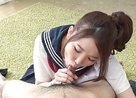 Schoolgirl gives Japanese blowjob like a pro