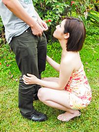 Minami Asano - Outdoor Asian blow job withMinami Asano - Picture 11