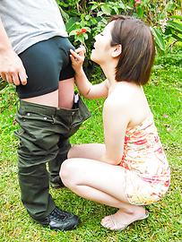 Minami Asano - Outdoor Asian blow job withMinami Asano - Picture 12