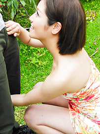 Minami Asano - Outdoor Asian blow job withMinami Asano - Picture 8