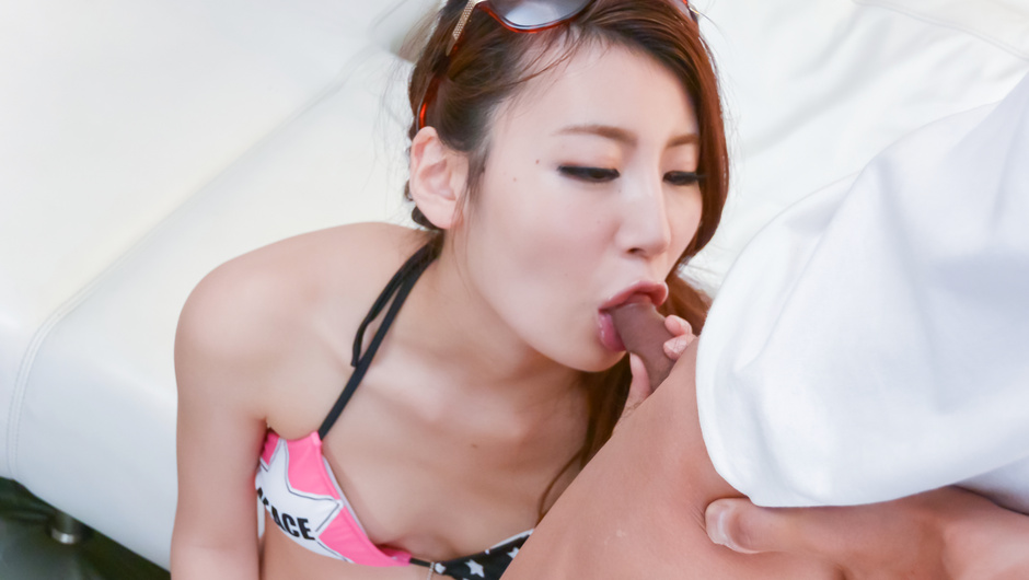 Rino Akane Enjoys impressive masturbation and cock