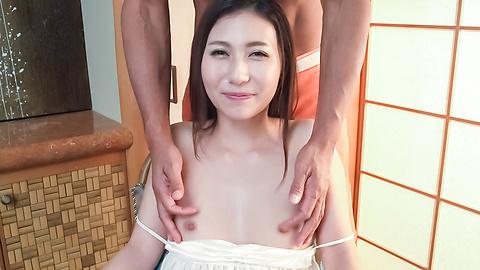 加藤麻耶 - 美乳美形ギャル~グループフェラ - Picture 2