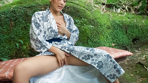 Aoi Mizuno - Outdoor Asian blowjobs by steamy Aoi Mizuno - Picture 10