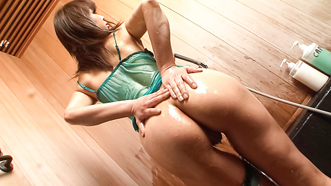 Yuki Asami - Yuki Asami is fucked with fingers in cunt - Picture 10