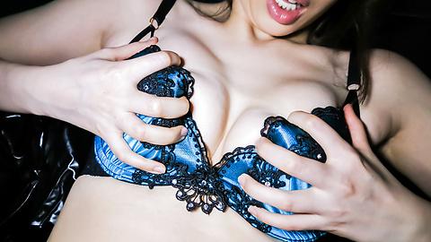 Aya Kisaki - Mature Aya Kisaki in Asian amateur sex video - Picture 12