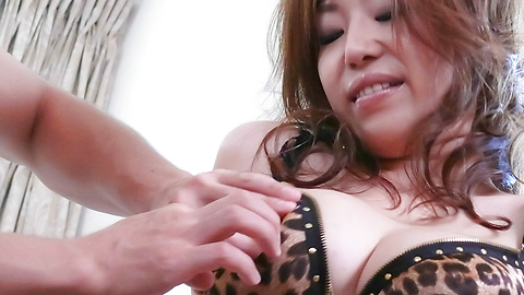 Naho Hadsuki - Major fucking in lots of positions with Naho Hadsuki - Picture 2