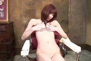 Skinny babe Ibuki fingers her shaved japanese pussy Photo 3