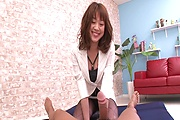 Hairy babe having her pussy  drilled well Photo 1