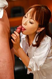 Nonoka Kaede - ญี่ปุ่น blowjob ที่ออฟฟิศด้วยเหรอโนโนกะ คาเอเดะ -  11 รูปภาพ
