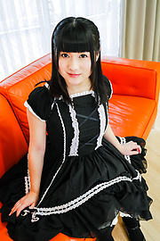 An Koshi - Japanese vibrator sex with brunette Japanese doll - Picture 1