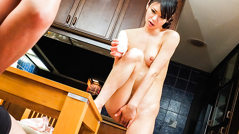 Akubi Yumemi - Sensual beauty shows off masturbating on cam  - Picture 6