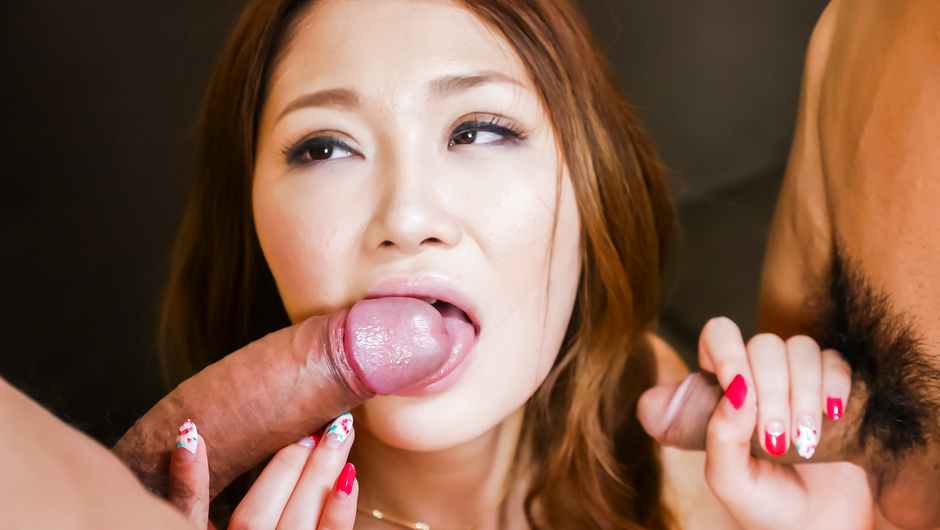Perfect Asian blowjob by needy Airi Mizusawa