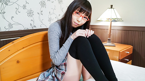 Chiemi Yada - Teen with glasses amazes with Japanese blowjob  - Picture 5