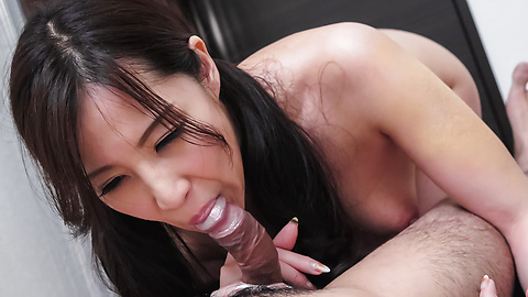 Runa Momose - Perfect porn with Asian milf Runa Momose - Picture 12