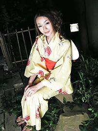 Sakura Hirota - Aksi menjilati intensif dan bercinta dengan Hirota, remaja manis Sakura - gambar 1