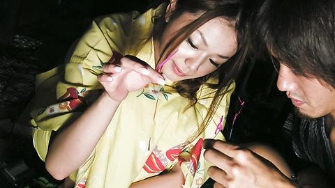 Sakura Hirota - Aksi menjilati intensif dan bercinta dengan Hirota, remaja manis Sakura - gambar 4