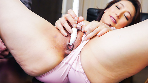 Marina Matsumoto - Japanese blowjob by steamy Marina Matsumoto - Picture 7