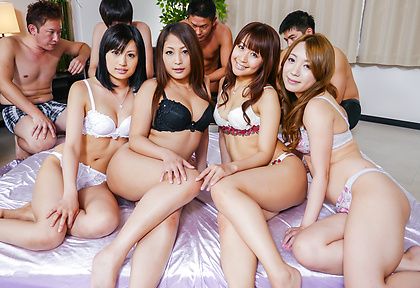 Lingerie models sucking cock and fucking in group