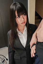 Kotomi Asakura - Kotomi Asakurain young Asian girls sucking cock - Picture 2
