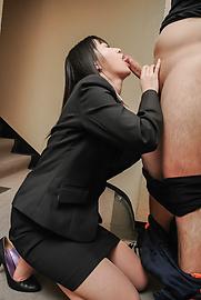 Kotomi Asakura - Kotomi Asakurain young Asian girls sucking cock - Picture 5