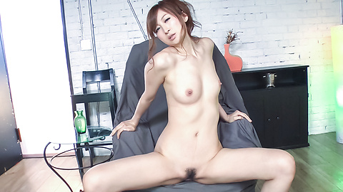 Reira Aisaki - Reira Aisaki provides blowjob after great nude solo - Picture 11