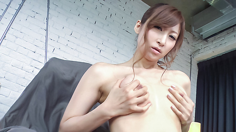Reira Aisaki - Reira Aisaki provides blowjob after great nude solo - Picture 9