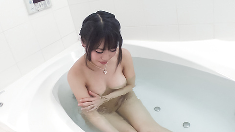 Kana Matsu - Asian amateur solo in the bath with Kana Matsu - Picture 2