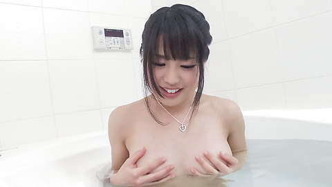 Kana Matsu - Asian amateur solo in the bath with Kana Matsu - Picture 9