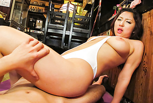 Asian amateur with perfect ass, insane POV romance