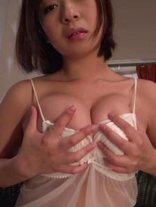 Wakaba Onoue - Wakaba Onoue amazing solo finger fucking play  - Screenshot 1
