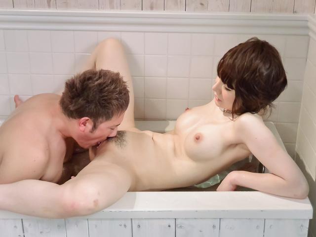 jobs Gianna shower blow