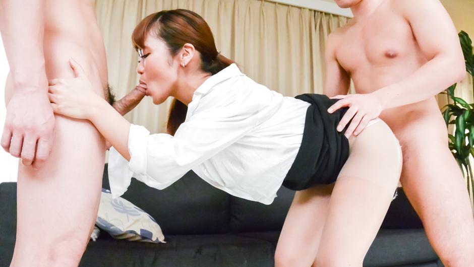 Sexy Asian Anju Akane group sex Japanese action