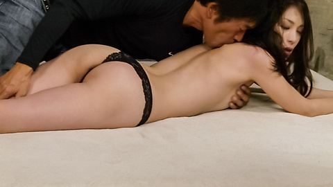 Mei Naomi - Mei Naomi gives an asian blowjob before she gets fucked hard - Picture 5