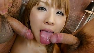 S Model 30 : 愛内梨花 (ブルーレイディスク版)  - ビデオシーン 3